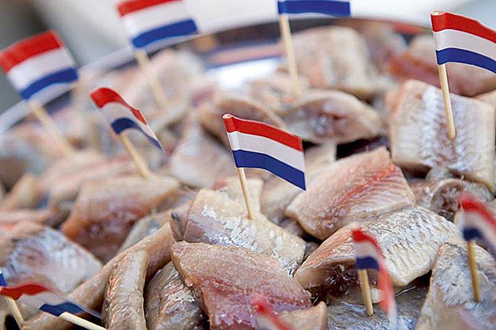 День селедки в Голландии называют еще Днем флажков