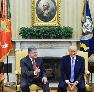 Ukrainas prezidents Petro Porošenko tikšanās laikā ar ASV prezidentu Donaldu Trampu