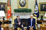Президент Украины Петр Порошенко и президент США Дональд Трамп во время встречи 20 июня 2017 года