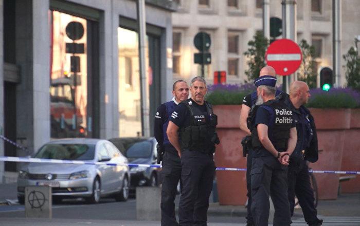 Полиция оцепила вокзал в Брюсселе после теракта