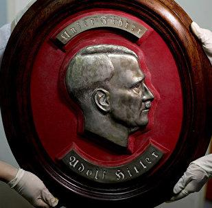 Недалеко от Буэнос-Айреса полиция Аргентины обнаружила большую коллекцию нацистских артефактов