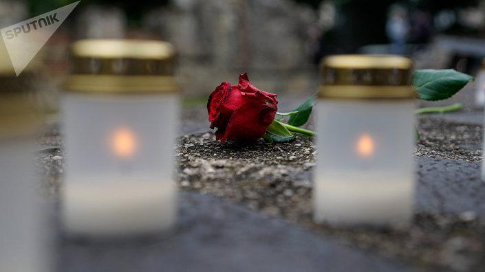 Траурные свечи на Мемориале Большой хоральной синагоги
