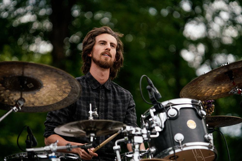 Специальный гость саммита известный американский барабанщик JP Bouvet