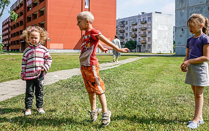 Дети в Лиепаи
