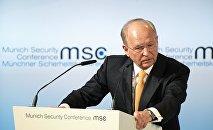 Minhenes ikgadējās drošības konferences vadītājs Volfgangs Išingers