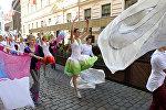 Участники 3-й Европейской олимпиады хоров прошли по Старой Риге шествием