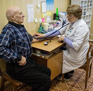 Medicīniskā izmeklēšana. Foto no arhīva