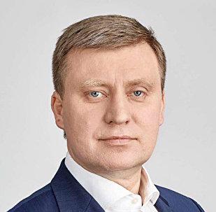 Депутат Рижской Думы, председатель комитета по развитию Риги Максим Толстой