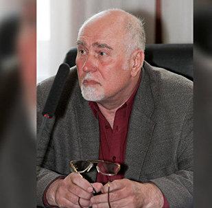 Профессор, экономист Петр Верницкий