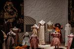 Экспозиция выставки Александра Васильева Детский мир. 18-20 века