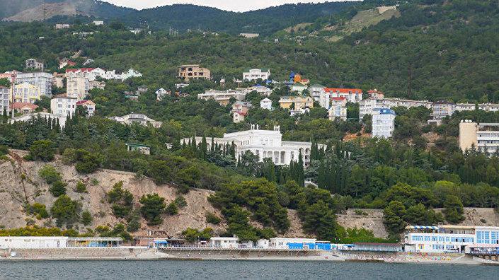 Санаторий Родина в поселке Гаспра