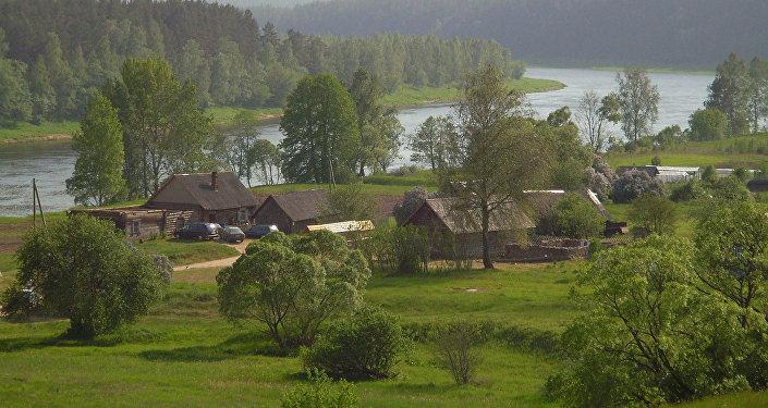 Slutišķi - vecticībnieku ciems Daugavas dabas parkā