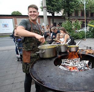 Чечевичная каша с телятиной и яйцом от кафе Rocket Bean - была одним из самых популярных блюд в этот вечер