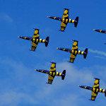 Pilotāžas grupas Baltic Bees demonstrācijas priekšnesums