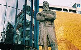Mančestrā tiks uzstādīta Engelsa statuja no Ukrainas