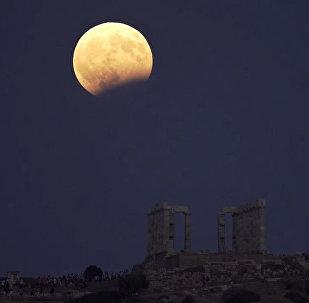 Красивые планы Луны во время затмения