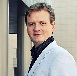 Эксперт-международник, доцент Национального исследовательского Университета Высшая школа экономики   Дмитрий Офицеров-Бельский