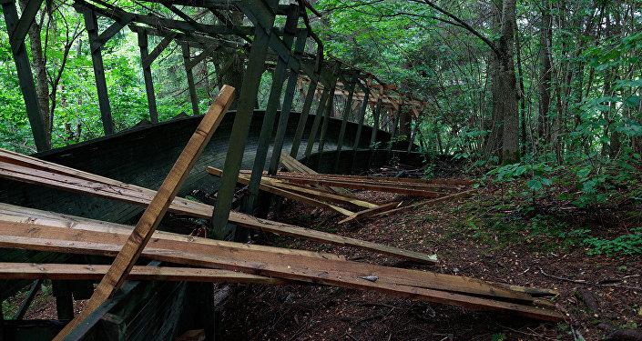 Trase ir ieaugusi mežā un grūti pieejama