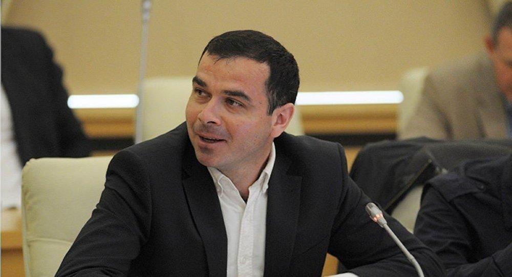 Кандидат политических наук Артур Атаев