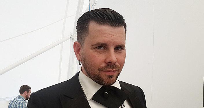 Latviešu dziedātājs Intars Busulis