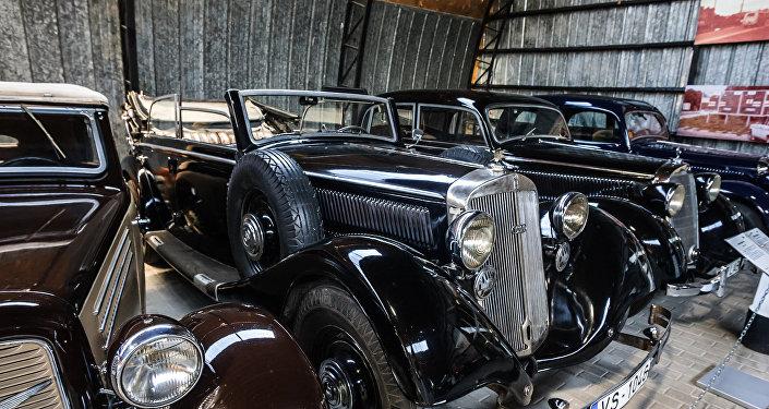Retro automobiļu muzeji
