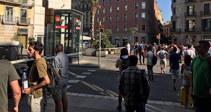 Policijas aplenkums terorakta vietā Barselonā. 2017.gada 17. augustā