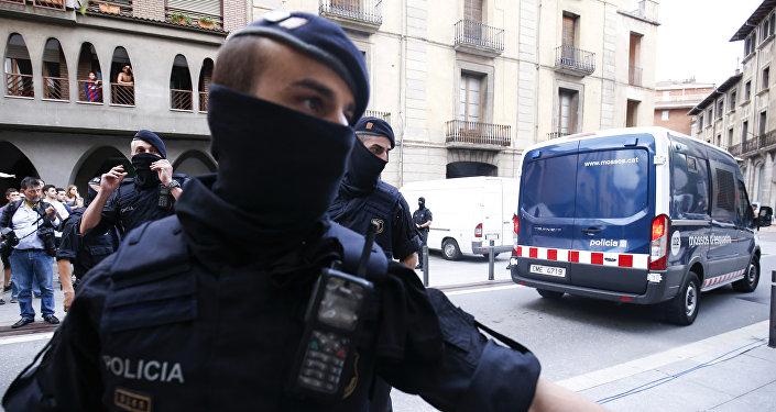Милиция эвакуировала людей свокзала вгороде Ним воФранции