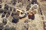 Дальнобойная реактивная система залпового огня (РСЗО) Смерч во время штурма позиций боевиков ИГ в Пальмире, Сирия, 02. 2016