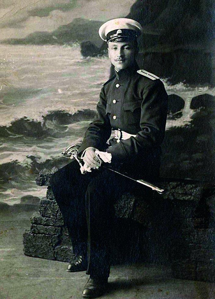 Первый латвийский комендант города Лимбажи капитан Вилис Гелбе