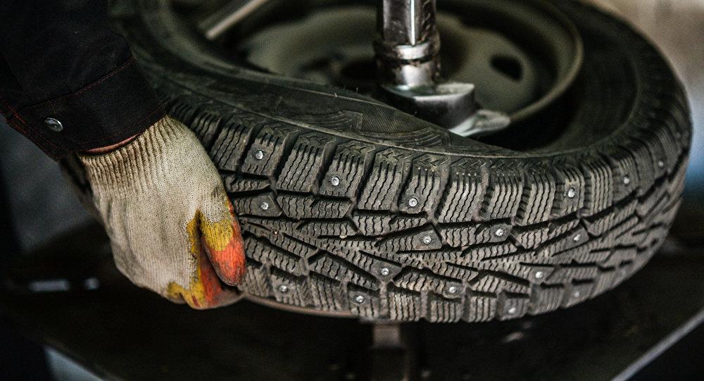 Монтаж автомобильных шин