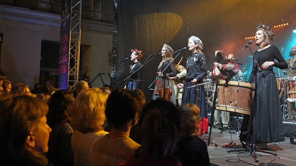Концерт фольклорной музыки в Старом городе