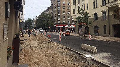 Ремонтные работы на улице Стабу в Риге