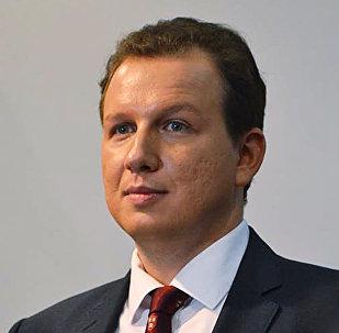 Политический аналитик Международной мониторинговой организации СисЭмо (CIS-EMO) , член Экспертного совета Фонда развития институтов гражданского общества Народная дипломатия Станислав Бышок