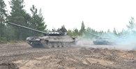 Pavēle uz Rietumiem: Krievijas un Baltkrievijas mācības sākušās ar kaujas trauksmi