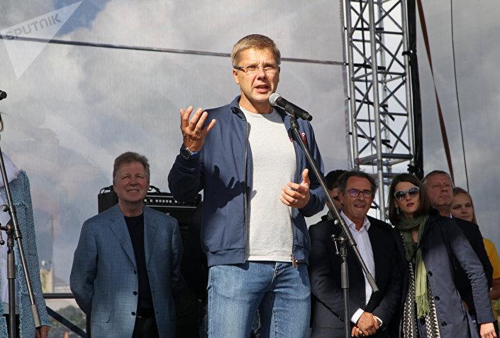 Мэр Риги Нил Ушаков на открытии спортивного квартала