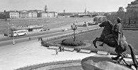 Памятник Петру I на Сенатской площади в Санкт-Петербурге, архивное фото