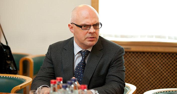 Rīgas Augstākās ekonomikas skolas profesors, bijušais Latvijas izglītības ministrs Roberts Ķīlis