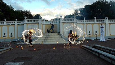 Uguņu un mūzikas jūra Tallinā: festivāls Gaisma ienāk Kadriorgā