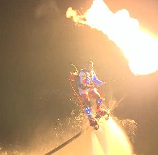 Флайбордисты устроили зажигательное шоу на Волге