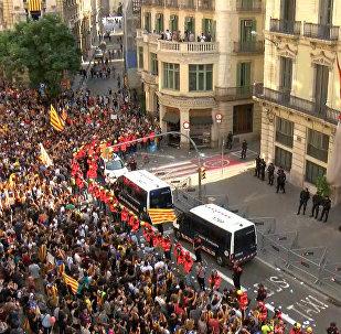 Katalonijā ugunsdzēsēji nepieļāva jaunas sadursmes starp policiju un protestētājiem