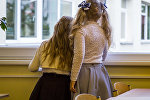 Девочки в школе