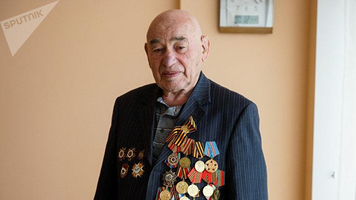 Мейр Дейч, ветеран 130-го латышского стрелкового корпуса, участвовал в освобождении Риги в октябре 1944 года