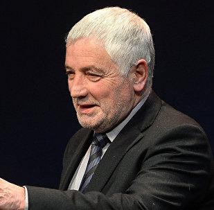 Глава Рижского русского театра Эдуард Цеховал