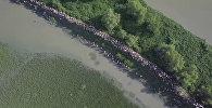 Desmitiem tūkstošu bēgļu joprojām pamet Mjanmu