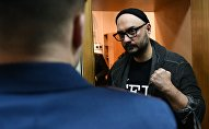 Режиссер Кирилл Серебренников, обвиняемый в организации крупного мошенничества, в Басманном суде Москвы