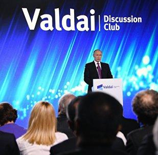 Krievijas prezidents Vladimirs Putins Starptautiskā diskusiju kluba Valdaj noslēguma plenārsēdē