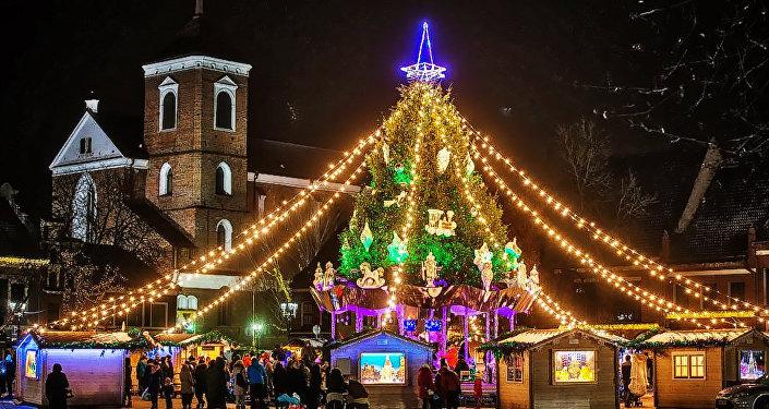 Рождественская елка в Каунасе, архивное фото
