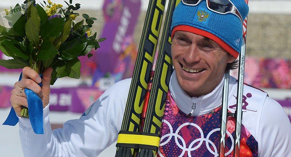 Максим Вылегжанин (Россия), завоевавший серебряную медаль в масс-старте на соревнованиях по лыжным гонкам среди мужчин на XXII зимних Олимпийских играх в Сочи