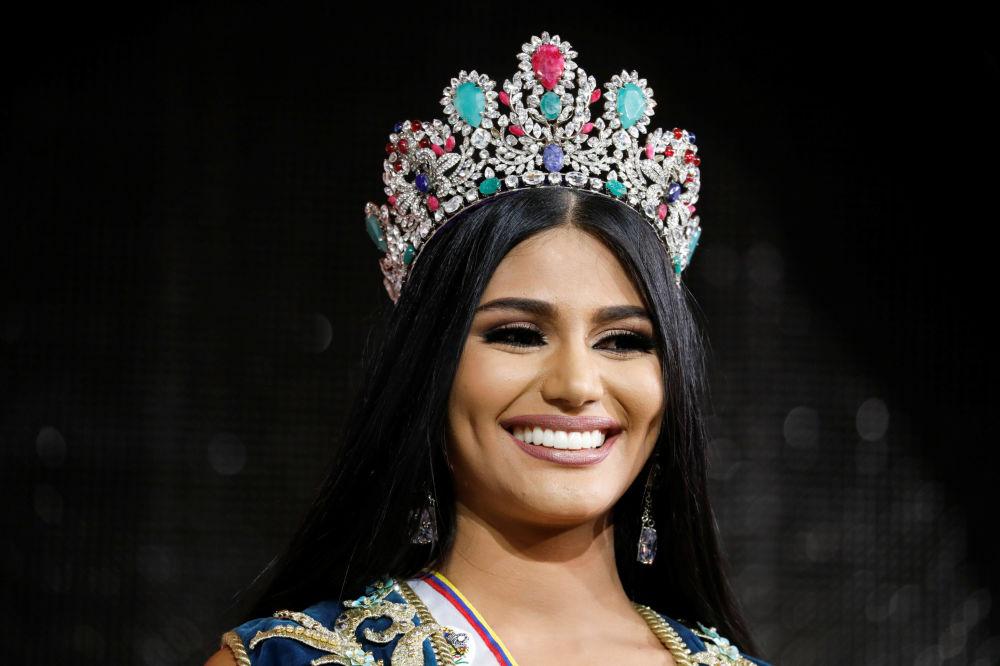 Skaistuma konkursa Mis Venecuēla 2017 uzvarētāja Stefānija Gutjerresa