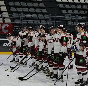 Сборная Латвии по хоккею во время турнира Euro Ice Hockey Challenge во Франции